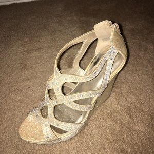 champagne sparkle wedges